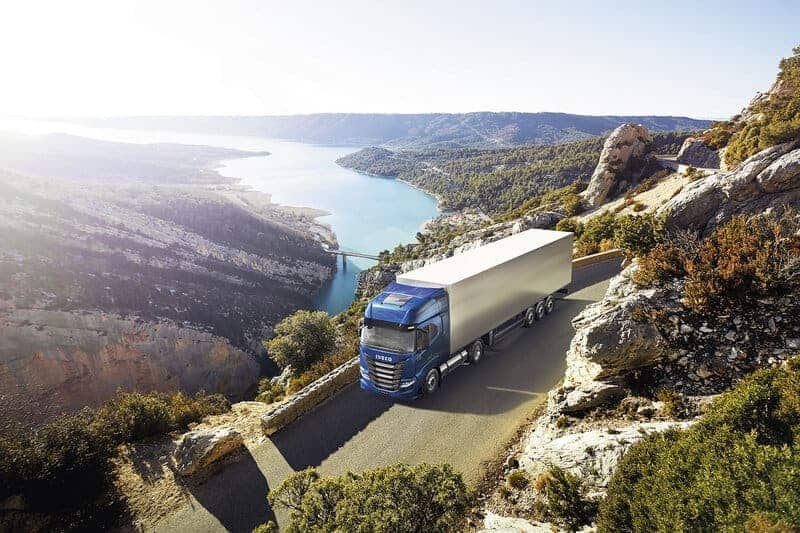 IVECO S-Way NP 460 wins Sustainable Truck of the Year 2021 Award