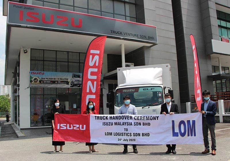 First ELF Truck Handover for New Isuzu Malaysia Authorised Dealer
